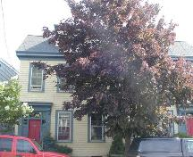 Henry Busch House, both sides of the house (partially blocked by trees), Halifax, Nova Scotia, 2005.; Heritage Division, NS Dept. of Tourism, Culture and Heritage, 2005.