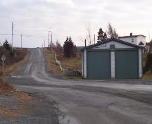 Photo of the road approaching Devil's Rock, Renews, Southern Shore, NL, taken autumn, 2005.; HFNL/Andrea O'Brien 2005