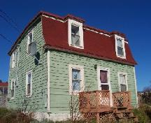 Exterior photo, Codner House, 043 Lower Street, Torbay, NL, taken 2005/11/19.; Lara Maynard/HFNL, 2005.