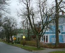 Looking east on the south side of Collins Street, Collins Heritage Conservation District, Yarmouth, NS, 2005.; Heritage Division, NS Dept. of Tourism, Culture and Heritage, 2005.