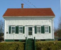 The façade of the James Jenkins, Jr. House, Yarmouth, NS, 2006.; Heritage Division, NS Dept. of Tourism, Culture and Heritage, 2006