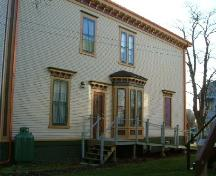 The north side of the MacKinnon-Cann House, Yarmouth, NS, 2006.; Heritage Division, NS Dept. of Tourism, Culture and Heritage, 2006