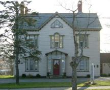 The facade of the Stayley Brown House, Yarmouth, NS 2006.; Heritage Division, NS Dept. of Tourism, Culture & Heritage, 2006