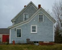 The back of the William Winter House, Brenton, Yarmouth County, NS, 2006.; Heritage Division, NS Dept. of Tourism, Culture & Heritage, 2006