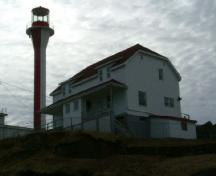 A northeast view of the Cape Forchu Lightstation, Cape Forchu, Yarmouth County, NS, 2006.; Heritage Division, NS Dept. of Tourism, Culture & Heritage, 2006