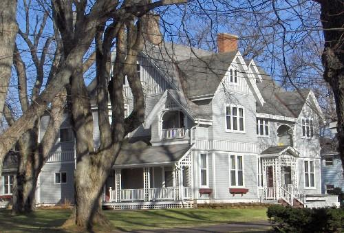 112 North River Road / William A. Weeks House
