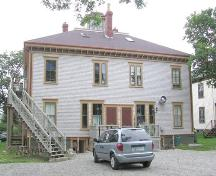 Rear elevation, MacKinnon-Cann Inn, Yarmouth, NS, 2005.; Heritage Division, NS Dept. of Tourism, Culture and Heritage, 2005.