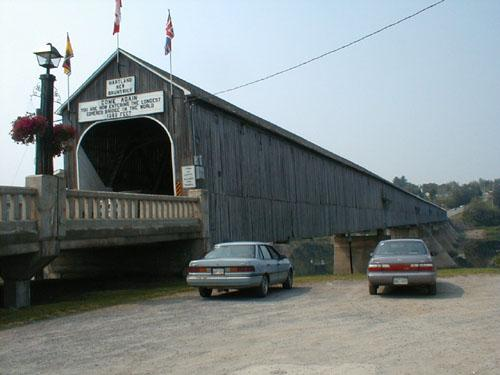 Hartland Covered Bridge, front corner view