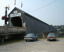 Front corner view of the bridge and its vertical board  of front and side; PNB 2004