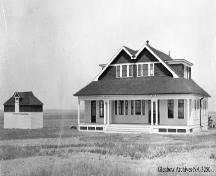 Duke of Sutherland's Bungalow, Brooks (1911); Glenbow Archives, NA-3250-1