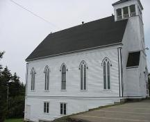 Side elevation (eastern) Saint Andrews Presbyterian Church, Rose Bay, Lunenburg County, Nova Scotia, 2006.; Heritage Division, Nova Scotia Department of Tourism, Culture and Heritage, 2006.