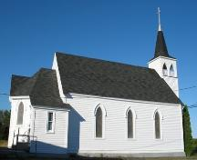 Side elevation, St. Paul's United Church, Stonehurst Road, Blue Rocks, Lunenburg County, Nova Scotia, 2006.; Heritage Division, Nova Scotia Department of Tourism, Culture and Heritage, 2006.