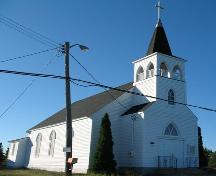 Front and side elevations profile, St. Paul's United Church, Stonehurst Road, Blue Rocks, Lunenburg County, Nova Scotia, 2006.; Heritage Division, Nova Scotia Department of Tourism, Culture and Heritage, 2006.
