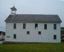 Side elevation, Tusket Court House, Tusket, NS, 2004.; Heritage Division, NS Dept. Tourism, Culture and Heritage, 2004