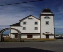 Front exterior photo view of the Loyal Orange Lodge, Sweetland's Hill, Bonavista, NL, circa 2002; HFNL 2006