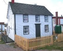 View of the front facade of the Pearce Foley House in Tilting, NL following restoration. ; HFNL/Andrea O'Brien 2005