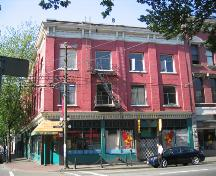 Exterior view of Rainier Hotel, 2006; City of Vancouver, 2006