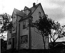 Exterior photo of Reddy House, Marystown.  Photo taken 1996 as part of an inventory.; HFNL 2006.