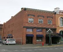 Exterior view of 510-512 Yates Street; City of Victoria, Berdine J. Jonker, 2006.