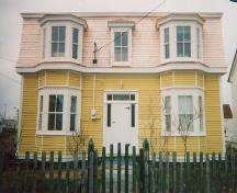Exterior view of facade of James Groves House, Bonavista, circa 2002; HFNL 2006
