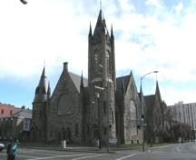 Exterior view of the Metropolitan United Church, 2004.; City of Victoria, Liberty Walton, 2004.