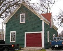 Southeast perspective of the facade of the Sen. John Lovitt Barn, Yarmouth, NS; Heritage Division, Dept. of Tourism, Culture & Heritage, 2006