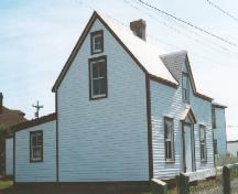Exterior photo view of side and front of Lawrence Cottage, Bonavista, NL, circa 2004; HFNL 2004