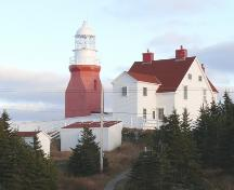 Western facade of Long Point Light Station Dwelling, Crow Head, NL. Photo taken April 2006. ; HFNL/Andrea O'Brien 2006