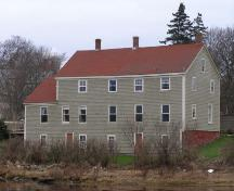 Rear (south) elevation of the John Brown House, Yarmouth, NS; Heritage Division, NS Dept. of Tourism, Culture & Heritage, 2006