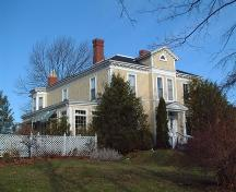 side elevation, Thompson House, Wolfville, NS, 2006; Heritage Division, NS Dept. of Tourism, Culture and Heritage, 2006