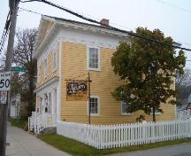 Front and south side elevation.; Heritage Division, NS Dept. of Tourism, Culture and Heritage, 2004.