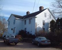 Rear elevation of DeWolfe House, Wolfville, NS, 2006.; Heritage Division, NS Dept. of Tourism, Culture and Heritage, 2006.