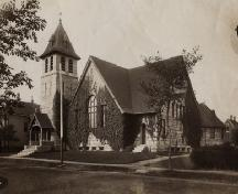 A photo taken ca. 1920 of the Tabernacle Congregational Church, now the Yarmouth County Museum, Yarmouth, NS.; Courtesy, Yarmouth County Museum & Archives.