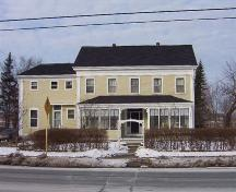 front elevation, Brown House, Wolfville, NS, 2006; Heritage Division, NS Dept. of Tourism, Culture and Heritage, 2006