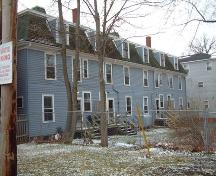 back elevation, Wallace Row House, Wolfville, NS, 2006; Heritage Division, NS Dept. of Tourism, Culture and Heritage, 2006