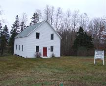 Front and west elevation, Cornwallis Reformed Church, Grafton, NS, 2006.; Heritage Division, NS Dept. of Tourism, Culture and Heritage, 2006.