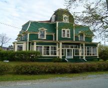 Front elevation, Locke Homestead, Lockeport, 2004.; Heritage Division, NS Dept. of Tourim, Culture and heritage, 2004.