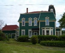 East side elevation, Locke Homestead, Lockeport, 2004.; Heritage Division, NS Dept. of Tourim, Culture and heritage, 2004.