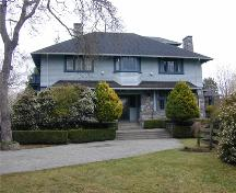 Exterior view of 825 Foul Bay Road, 2005; Corporation of the District of Oak Bay, 2005