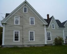 West elevation, Peter Lent Hatfield House, Tusket, Nova Scotia, 2004.  ; Heritage Division, NS Dept. of Tourism, Culture and Heritage, 2004.