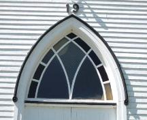 Decorative window, West Branch United Church, West Branch, 2006; Heritage Division, NS Dept of Tourism, Culture and Heritage, 2006.
