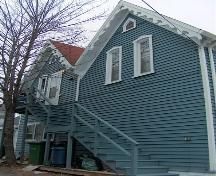 Side elevation, Henry Elliot House, Dartmouth, Nova Scotia, 2007.; HRM Planning and Development Services, Heritage Property Program, 2007.