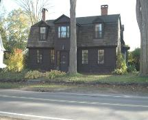 Front elevation of the de Gannes-Cosby House, Annapolis Royal, Nova Scotia; Heritage Division, NS Dept. of Tourism, Culture and Heritage, 2007.