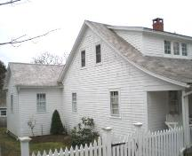 Side Elevation, Taffrail Cottage, Chester, Nova Scotia, 2007.; Heritage Division, Nova Scotia Department of Tourism, Culture and Heritage, 2007.