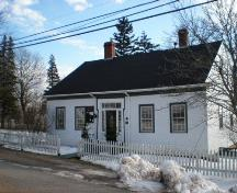 Front Elevation, Zoé Vallé Library, Chester, Nova Scotia, 2007.; Heritage Division, Nova Scotia Department of Tourism, Culture and Heritage, 2007.