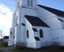 Front entrance, St. James United Church, Great Village, Nova Scotia, 2006. ; Heritage Division, NS Dept. of Tourism, Culture and heritage, 2006.