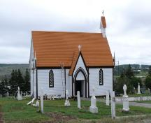 Front view of the Mortuary Chapel with the remnants of the lich-gate in the foreground, Bonavista, NL, 2006/06/14.; L Maynard/HFNL 2006
