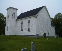 Rear and south elevation, St. Stephen's Anglican Church, Tusket, Nova Scotia, 2004.  ; Heritage Division, NS Dept. of Tourism, Culture and Heritage, 2004.