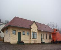 Exterior photo of Canadian National Railway Station showing front facade, 2006/11/19.; L Maynard, HFNL 2006