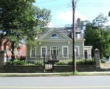 Front elevation, Thorndean, Inglis Street, Halifax, 2006.; Heritage Division, NS Dept. of Tourism, Culture and Heritage, 2006.